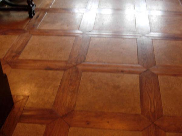 Wood & Stone Foyer Design